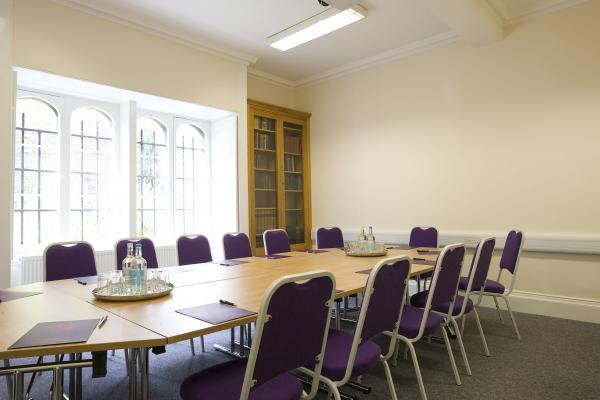 A multi-functional but attractive meeting space